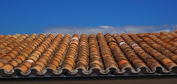 Quand faut-il rénover sa toiture