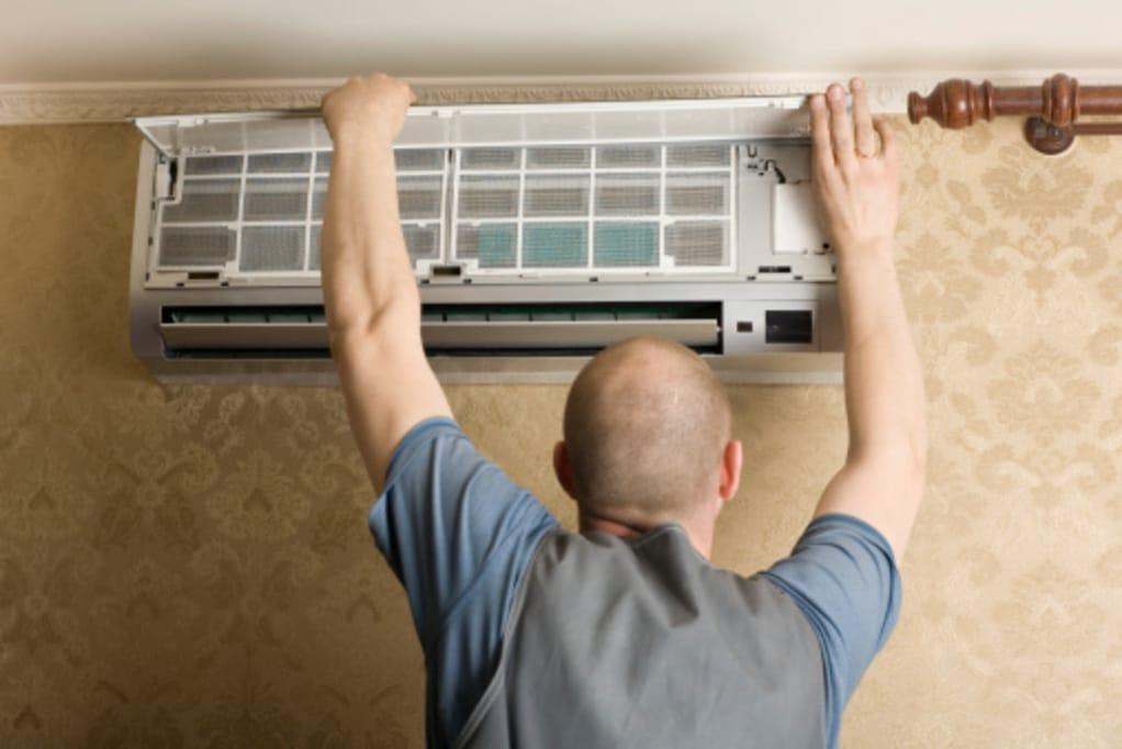 Nettoyage régulier du climatisateur réversible