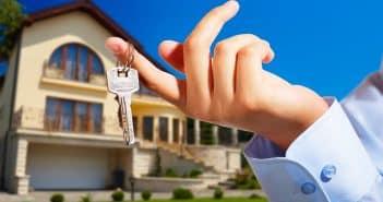 Pourquoi passer par un professionnel pour acheter son logement ?