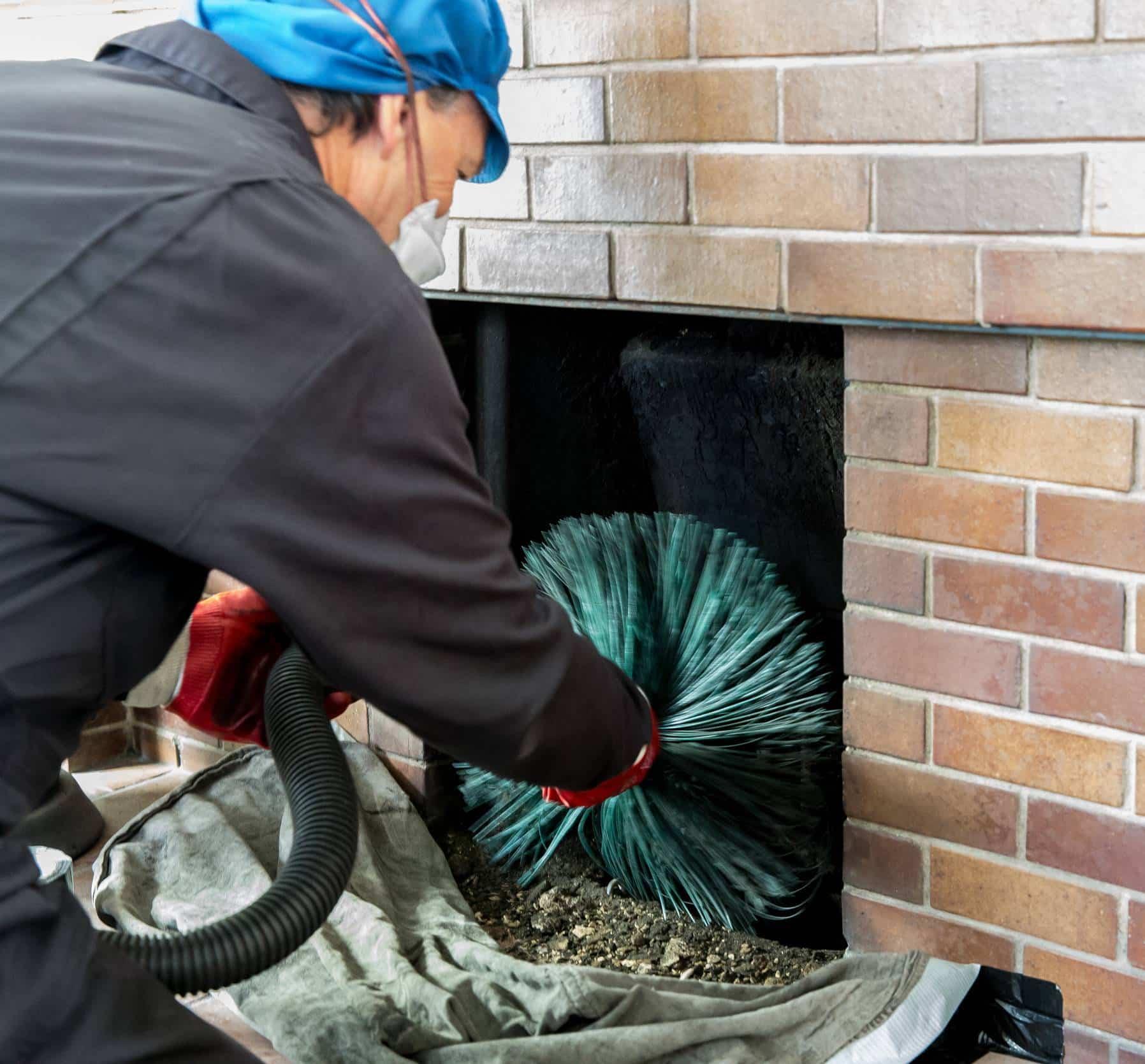 ramonage cheminée ramoneur